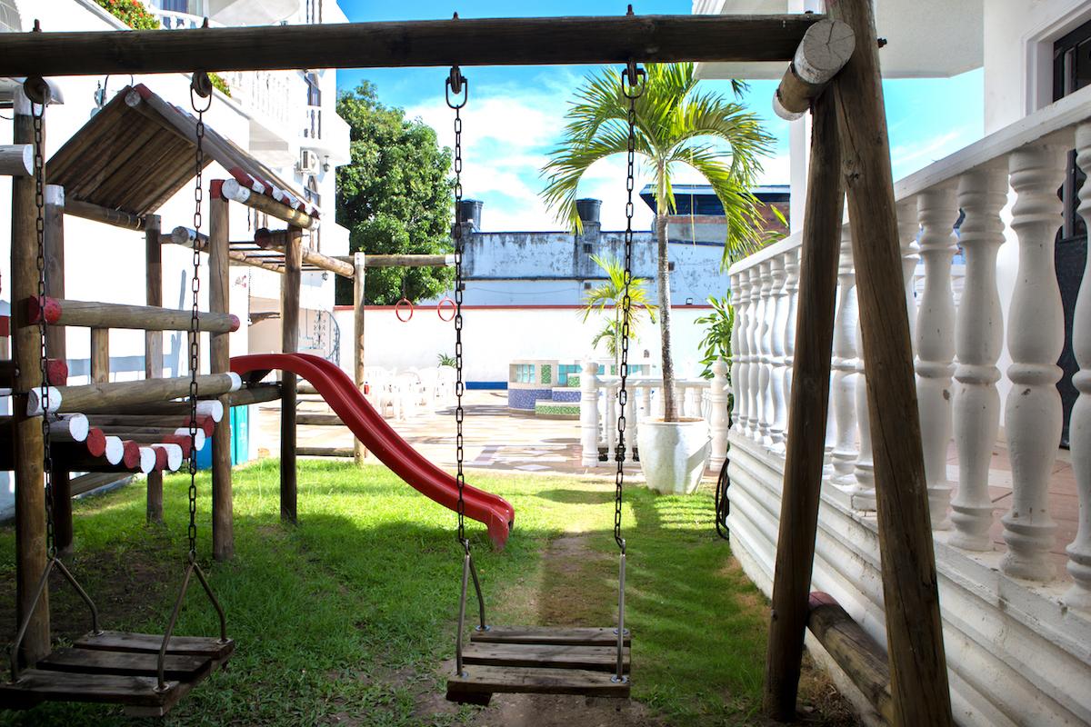 parque-infantil-hotel-anamichu-suites