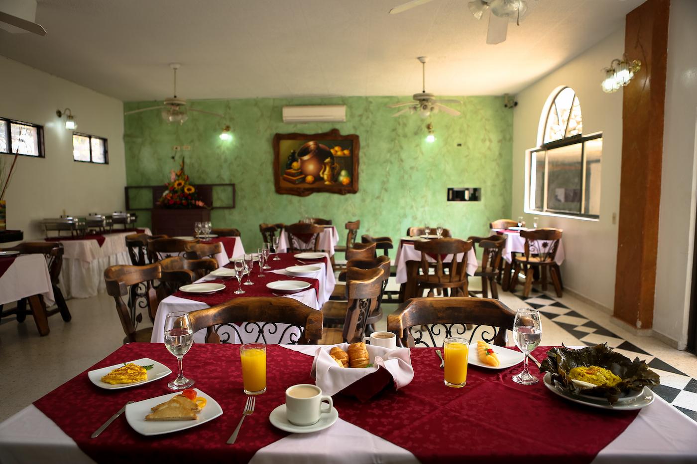 restaurante-hotel-anamichu-suites-1